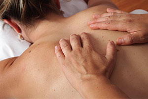 Manuelle Therapie in Form einer Massage